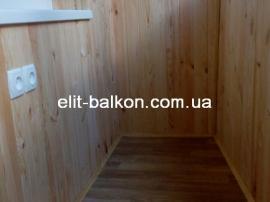 vnutrennjaja-obshivka-balkona-derevom-elit-balkon-harkov-008