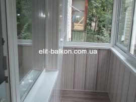 vnutrennjaja-obshivka-balkona-plastikom-elit-balkon-005